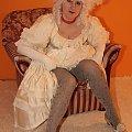 Zdjęcie hrabiny gry internetowej Arena Albionu www.arena-albionu.pl #gra #erotyka #dziewczyna #kobieta #hrabina #suknia #sukienka #RPG #MMORPG