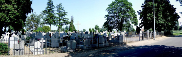 Cmentarz Łubowo przy drodze do Leśniewka #cmentarz