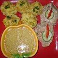 Schab z brzoskwiniami.Przepisy na : http://www.kulinaria.foody.pl/ , http://www.kuron.com.pl/ i http://kulinaria.uwrocie.info #mięso #wieprzowina #schab #jedzenie #gotowanie #kulinaria #PrzepisyKulinarne