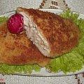 Sznycle z kurczaka z farszem orzechowym .Przepisy na : http://www.kulinaria.foody.pl/ , http://www.kuron.com.pl/ i http://kulinaria.uwrocie.info #sznycle #kurczak #PiersiZKurczaka #farsze #orzechy #jedzenie #gotowanie #kulinaria #PrzepisyKulinarne