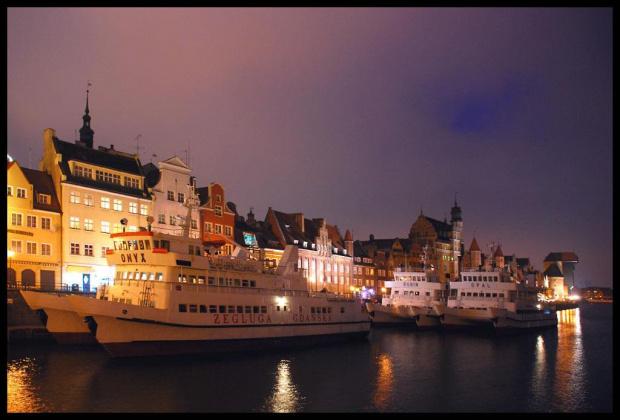 Gdańsk #Gdańsk #morze #TramwajWodny #żuraw