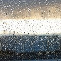 deszcz #deszcz #listopad #zachód #światło #chmury #niebo #okno #szyba #krople